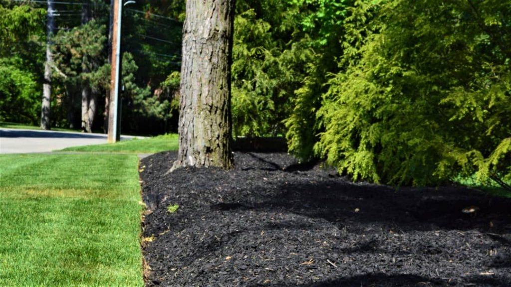commercial mulching service